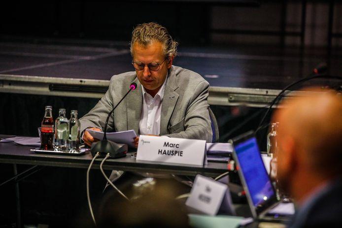 Volgens meerderheidspartijen Het Plan-b en ACT!E  is de handtekening van Marc Hauspie op de motie van wantrouwen ongeldig.