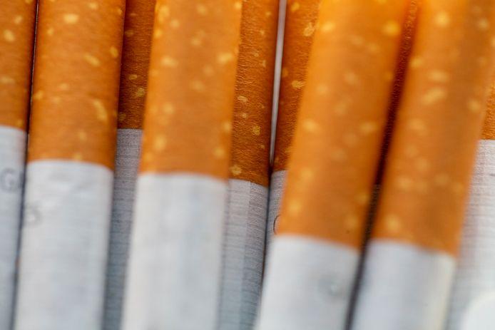 De Fransen gingen er twee keer met een verse lading sigaretten vandoor in Menen.