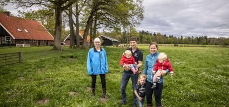 Een saladebuffet voor koeien; Denekampse boer neemt voorschot op natuur-inclusieve toekomst