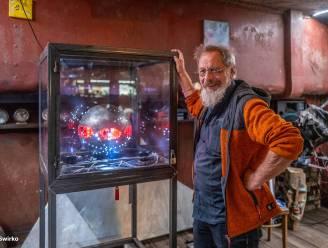 """'Reneisken' (66) zet deuren van zijn kunstboot Fouji-Yama op de Dender open: """"Hier vloeit de kunst uit ons lijf"""""""