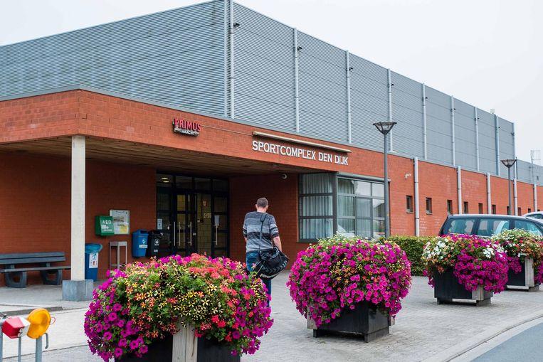 Vanaf donderdag kunnen sporters na hun inspanningen weer terecht in de cafetaria van Den Dijk.
