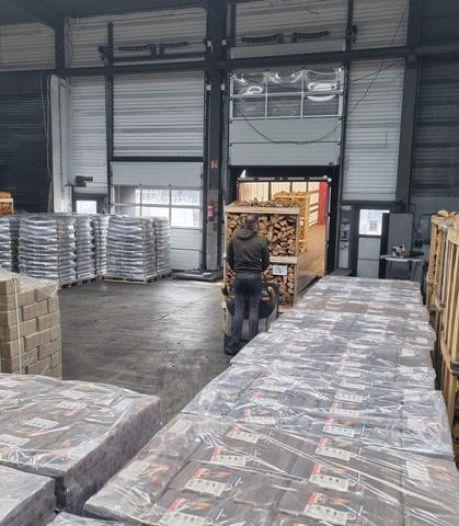 Haardhout is het nieuwe toiletpapier: het loopt storm bij Masterfire in Enschede