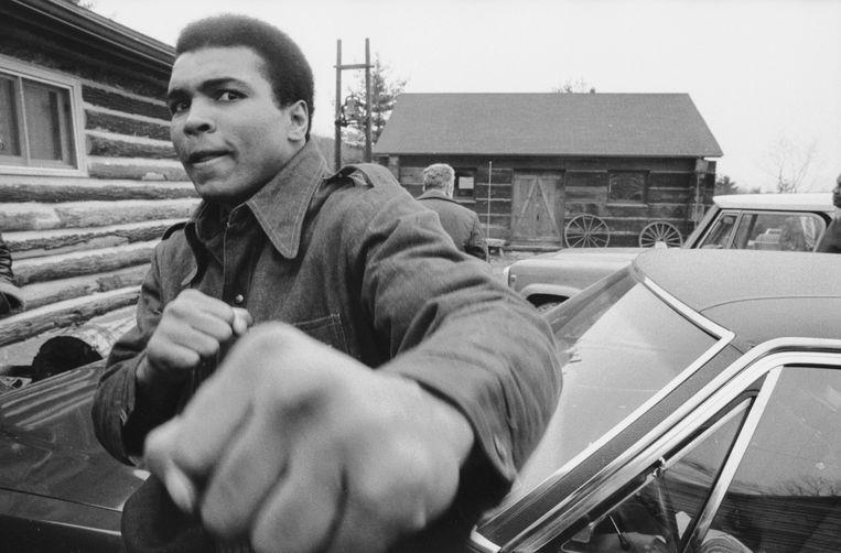 Muhammad Ali: soms is een verhaal zo krachtig en vervolgens zo sterk opgeschreven dat het overleeft, ook als de sportieve voorvallen die aan de orde komen al lang zijn vergeten. Beeld Qdoc: I Am Ali