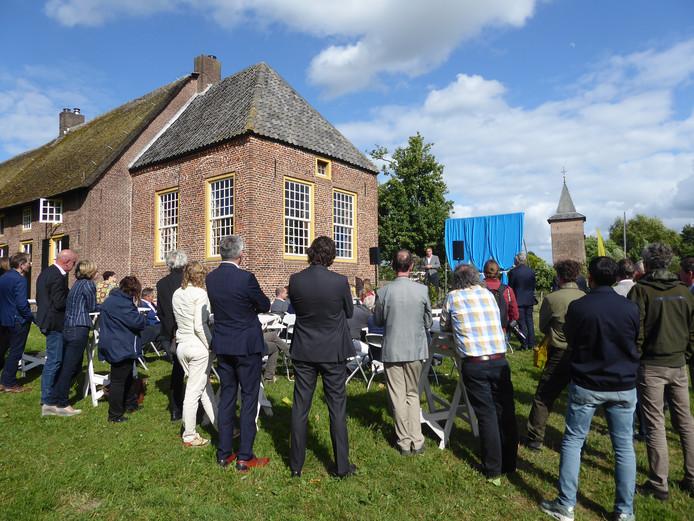 Het startsein van het Van Gogh Nationaal Park in oprichting bij het Groot Duijfhuis in het Liempdse Kasteren.