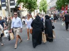 België heeft al 8 jaar boerkaverbod: 'Ziet ze nergens meer'