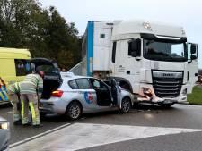 Lesauto en vrachtwagen botsen bij oprit A6 bij Emmeloord: 'Remmen had weinig zin'