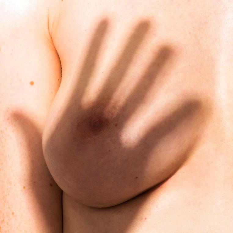 Sommige culturen geven de voorkeur aan grote, ronde borsten, andere verkiezen lange, pendelvormige Beeld Jasper&Noortje