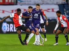 Heracles 'vergeet' Feyenoord voor rust pijn te doen en ligt uit de beker