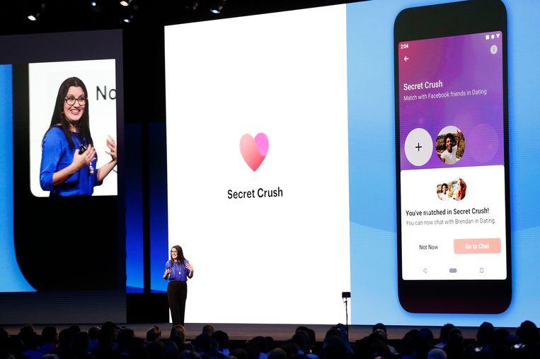 Fidji Simo van Facebook geeft tekst en uitleg bij de Dating app.