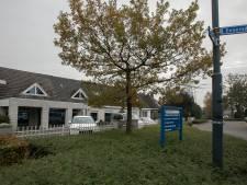 Boete dreigt voor illegale huisvesting arbeidsmigranten in kantoorpand Eeneind in Nuenen