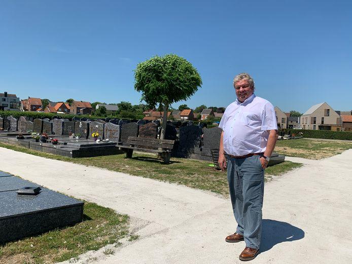 Nieuwe paadjes kerkhof: doorlaatbaar, zelfherstellend en onderhoudsvriendelijk.