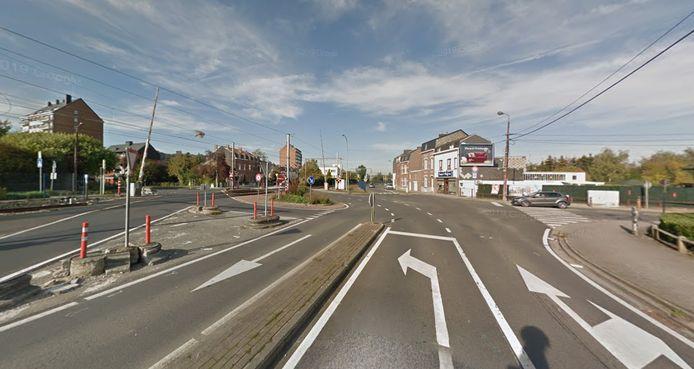L'accident s'est produit au carrefour entre la rue de Dave et la rue Pierre du Diable.