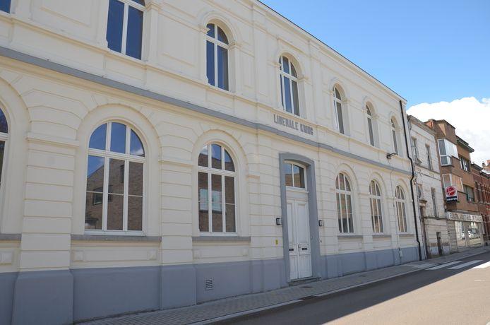 Het gebouw van de Liberale Kring in de Dreefstraat in Ninove.