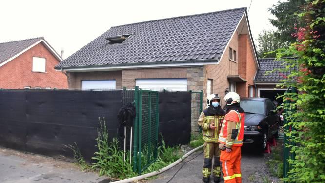 """Vader en zoontje ontkomen bij brand, dankzij rookmelder: """"Veel langer mocht dit niet geduurd hebben"""""""