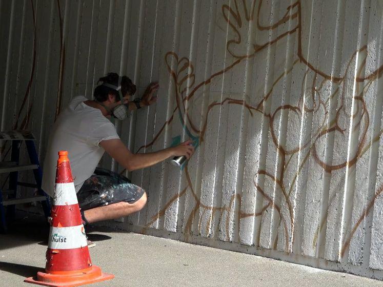 Kunstenaars creëren carnavalssferen in De Rattengang