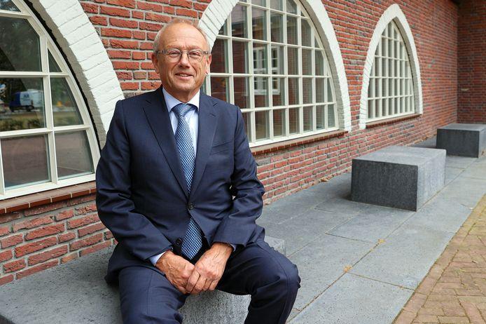 Jan Boelhouwer uitte na 250 dagen als waarnemend burgemeester in Waalre zijn zorgen over de toekomst van de gemeente.