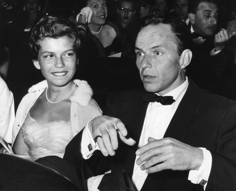 Nancy en Frank Sinatra in 1955