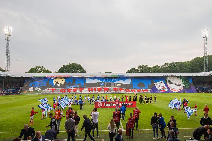 Het nieuwe clublied voor De Graafschap wordt een bewerking van 't Geet hier spoken, de huidige opkomsttune op De Vijverberg.