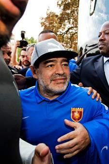 IJsselmeervogels 4 wint clinic van Maradona