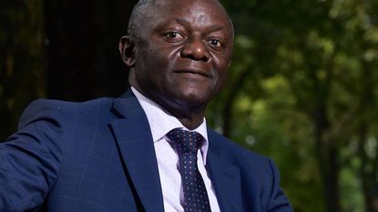 Vader Kompany wordt eerste burgemeester van Afrikaanse origine
