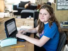 Middelbare scholen mogen weer helemaal open: dag inloggen in je pyjama, hallo hele dagen in de klas