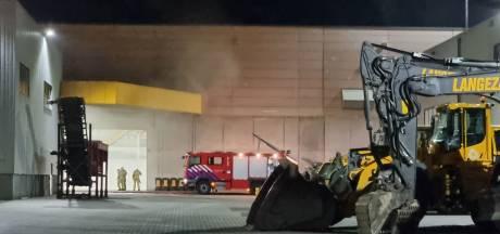 Brand bij Langezaal in Haaksbergen afgeschaald, brandweer geeft sein brandmeester
