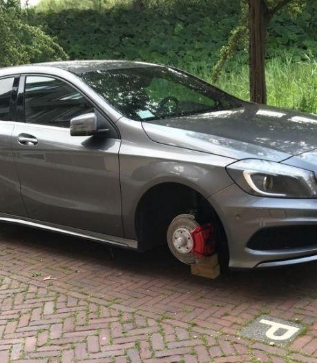 Ruzie na sleutelen op straat in Zwolle: 'Trappen tegen zijn auto moet je bij mijn cliënt niet doen'