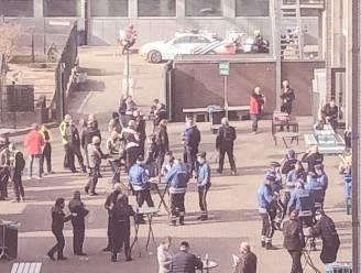 """Motorrijders van politie op sociale media te kijk gezet omdat ze frietjes eten na de Ronde: """"Wel 260 kilometer op de motor gezeten zonder maaltijd"""""""