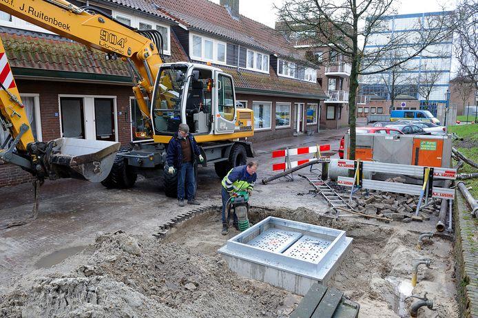 In de Sint Annastraat in de binnenstad zijn al ondergrondse containers aangebracht.