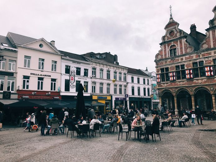 Grote Markt zaterdagnamiddag.