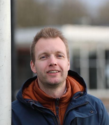 Kruis neemt afscheid van SV Noordeloos 1 in stromende regen: 'Er stonden alleen wat toeterende auto's'