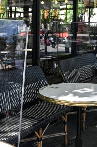 Plexischermen tussen tafels mogen dan toch niet: horeca razend over beslissing