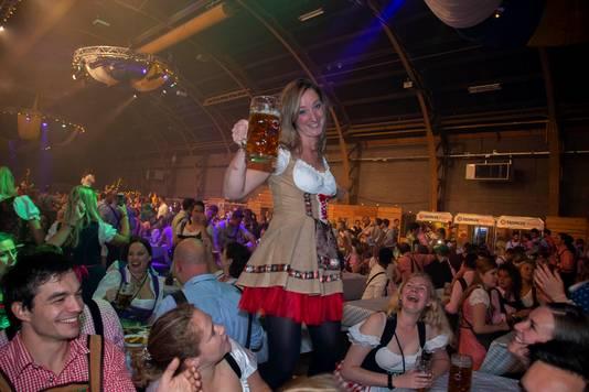 Misschien is de stad wel klaar voor het Frühlingsfest (lentefestival)? Dat lijkt een beetje op het Oktoberfest. Lees: er is feest en er zijn pullen bier.