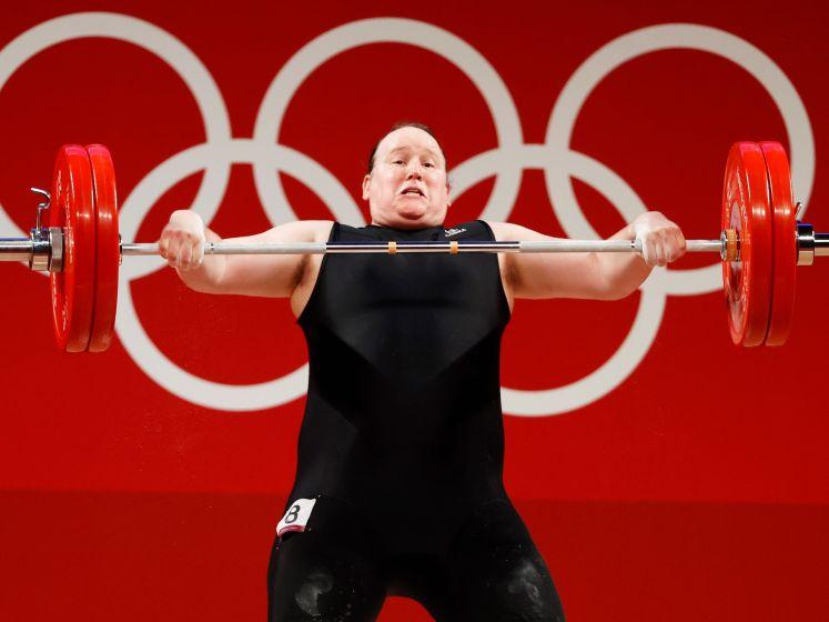 Tokio Kort | Eerste transgender op Olympische Spelen beëindigt loopbaan