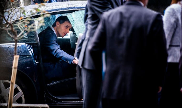 Minister Wopke Hoekstra van Financiën vertrekt na zijn overleg met zijn Franse ambtgenoot Bruno Le Maire.  Beeld Freek van den Bergh