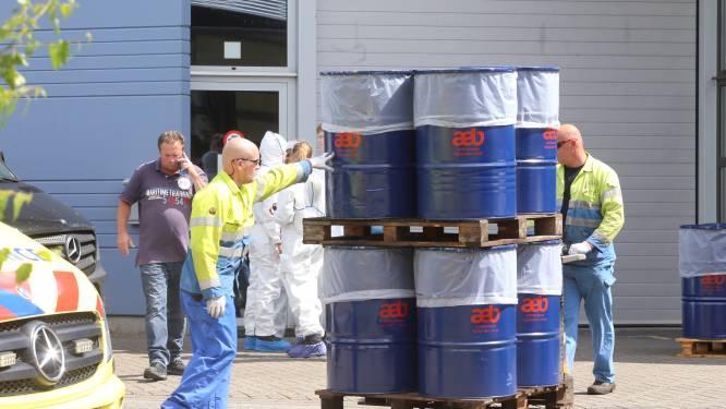 Drie mensen aangehouden na vondst synthetische drugs in Boxtels bedrijf, veel politie aanwezig