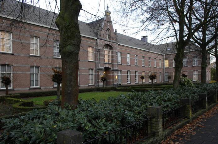 De provincie investeert de komende jaren 3,3 miljoen euro in de verbouwing van het moederhuis van de zusters franciscanessen aan de Lage Ham in Dongen tot woonzorgcomplex.foto Jan Stads/Pix4Profs