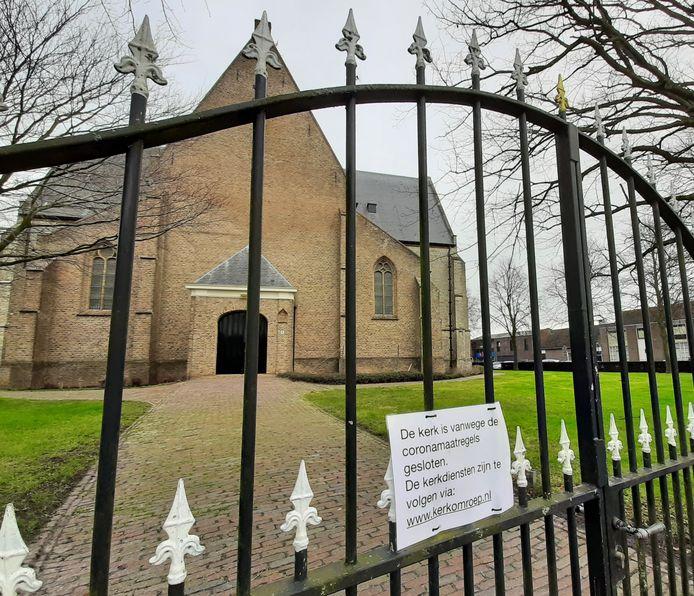 De kerk van de Hervormde Gemeente in Yerseke houdt alleen online diensten. Burgemeester José van Egmond heeft de indruk dat een aantal andere kerkgenootschappen in Reimerswaal nog wel diensten houden waar gemeenteleden fysiek aanwezig mogen zijn.