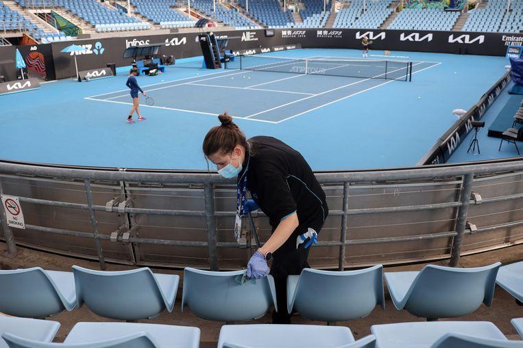 Voorbereidingen worden getroffen voor de Australian Open in Melbourne. Beeld AFP