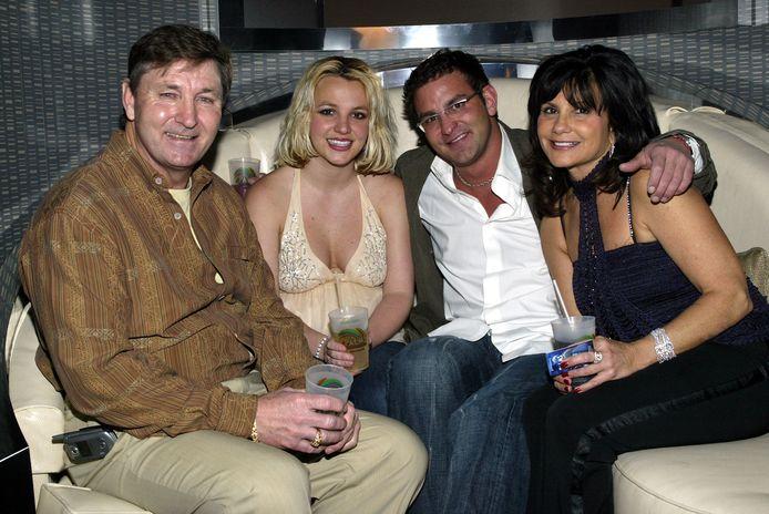 Britney met haar vader Jamie, broer Bryan en moeder Lynne.