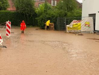 """Opnieuw zware wateroverlast in regio: """"Derde keer in evenveel weken modderstroom"""""""