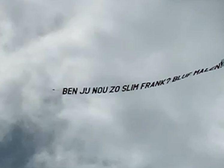 Vliegtuigje adviseert Frank de Boer wederom