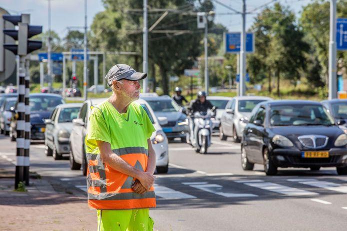 Om files richting de Westfield Mall of the Netherlands in Leidschendam te voorkomen, komt er een proef met gratis tramritjes vanaf een parkeerterrein aan de overkant van de A4.