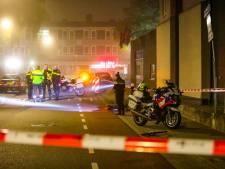 Politiemotor botst op fietser in Apeldoorn