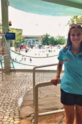"""""""Falen had ik mezelf nooit vergeven."""" Faith (19) redde leven van 4-jarig kindje na verdrinking in subtropisch zwembad Aquafun"""