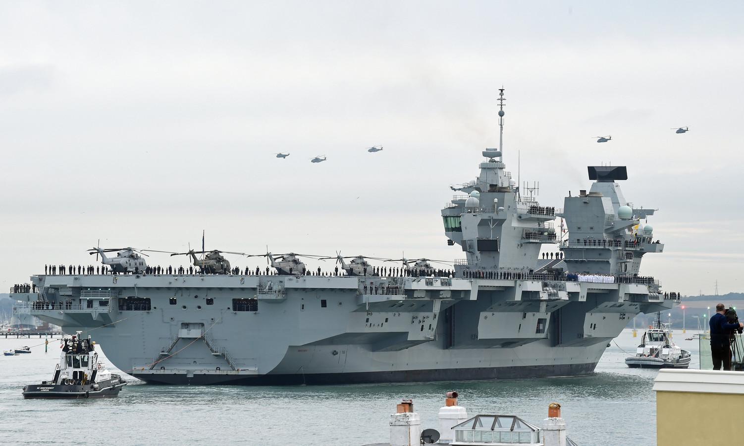 Van het Britse vliegdekschip HMS Queen Elizabeth zouden F-35B gevechtsvliegtuigen en helikopters de twee schepen die Groot-Brittannië naar de Zwarte Zee stuurt kunnen ondersteunen.