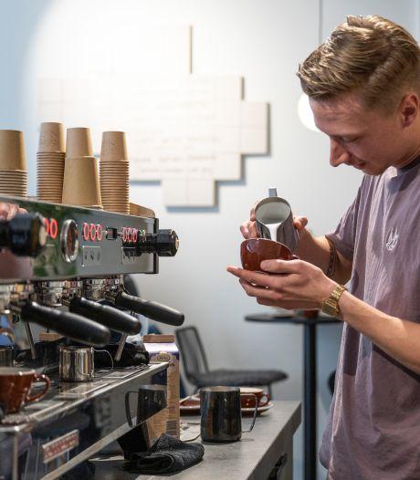 Mats (25) is de beste barista van de Benelux: 'Zoals mensen naar wijn kijken, zouden ze ook naar koffie moeten kijken'