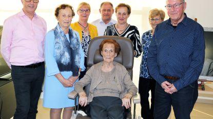 100 feestkaarsen voor Madeleine