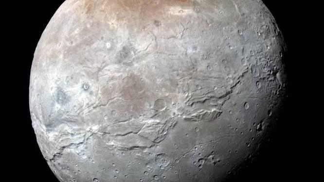 La plus grande lune de Pluton aurait eu un océan sous sa surface