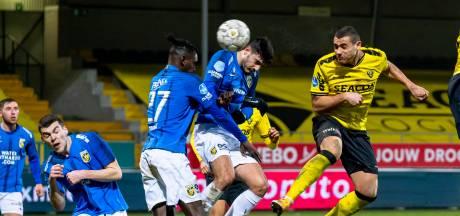 Griekse wonderspits Giakoumakis pijnigt Vitesse met vier treffers